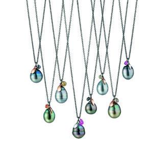 Gellner: Kette Bolero 925 Silber 18ct Roségold mit Tahitiperlentropfen und Diamantbriolett © Gellner