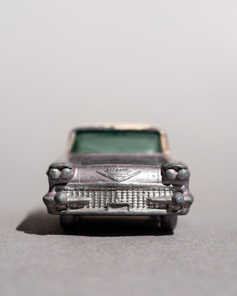 Faces: Cadillac Sixty Special - Gieselberg, Eva - k-1811EG13
