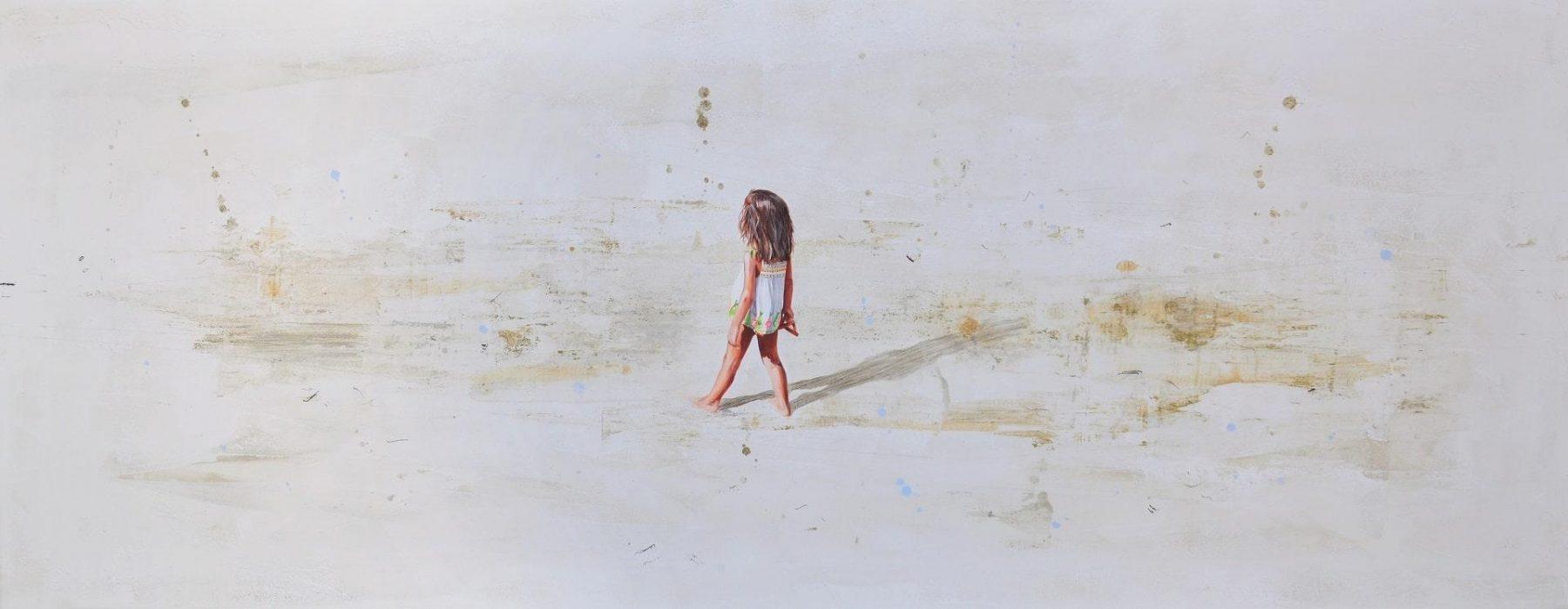Nina blusa blanca en la playa - Solana, Berta - k-2007SOL1