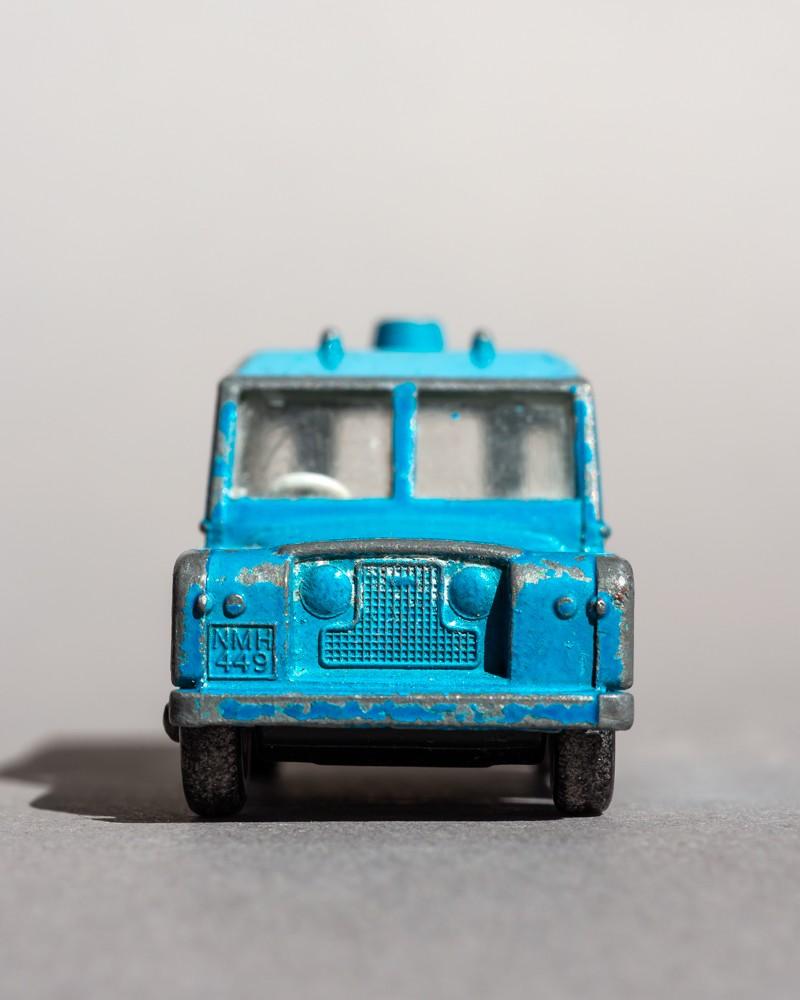 Faces: Land Rover Defender - Gieselberg, Eva - k-EGI23