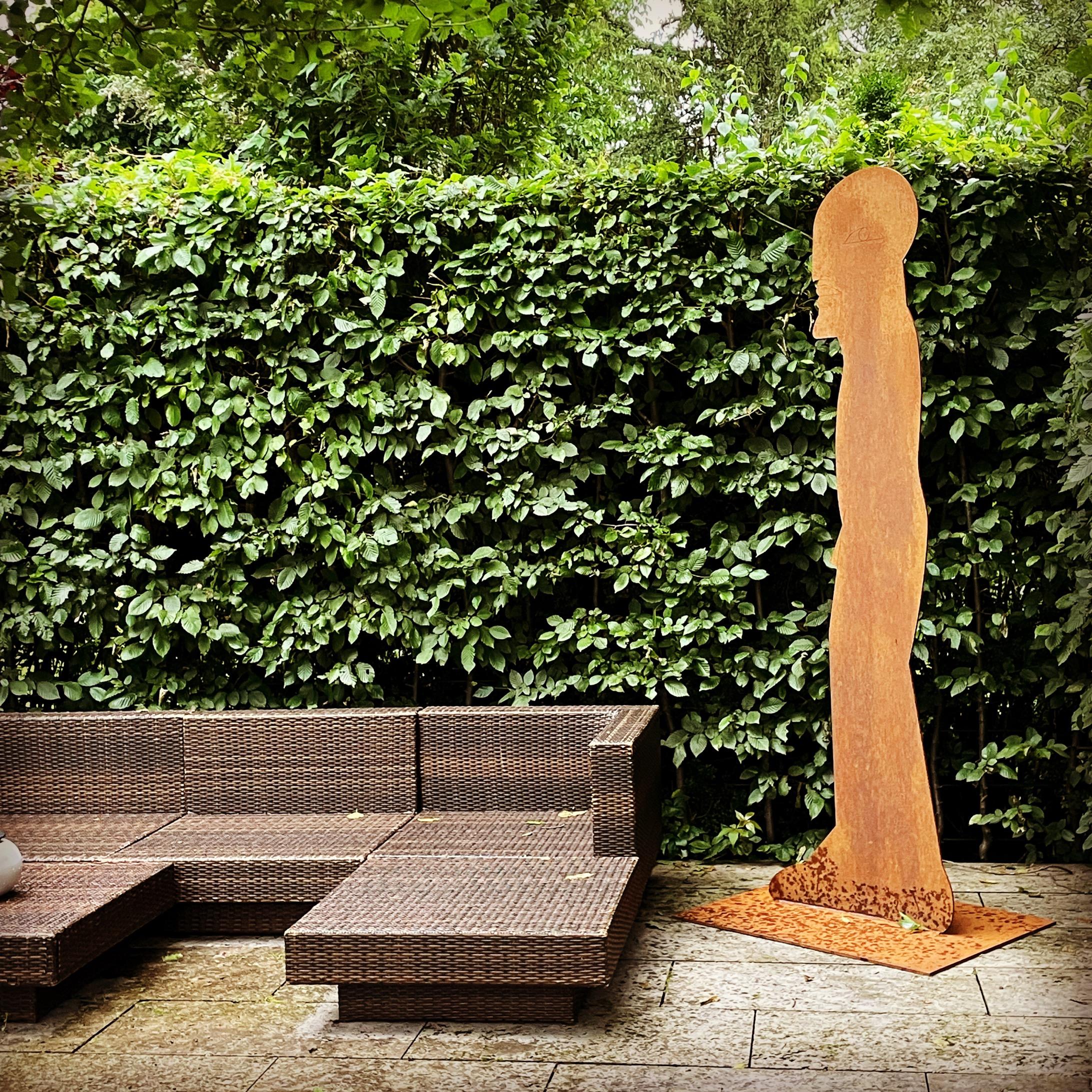 Horst Antes, Stahl mit Gravur und Rostpatina, Höhe 220 cm, Auflage 1000, signiert und nummeriert