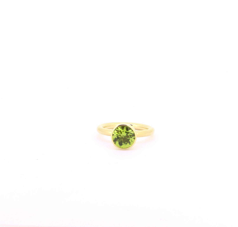 Ring Twiggy 8mm Peridot Gelbgold - Georg Spreng - 421spre09-3A
